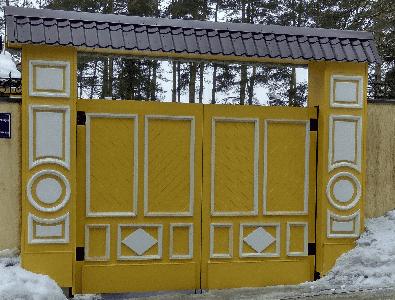 Деревянные ворота, Ворота из дерева