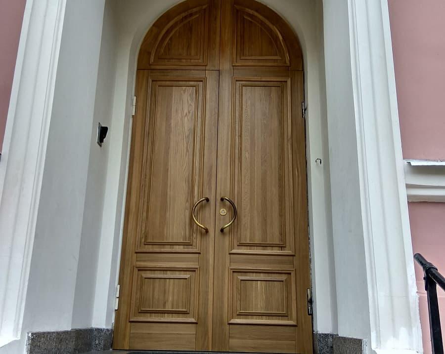 Двери из массива в Минске - domby